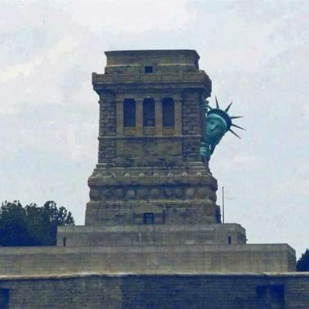 statue_of_liberty_after_2016_election